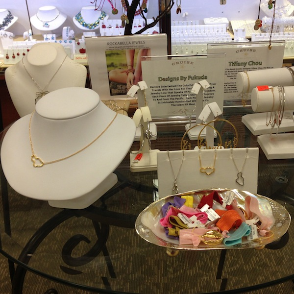 Jewelry Display at Cruise, Whaler's Village, Kaanapali