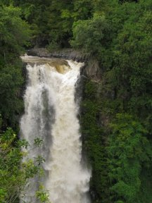 maui waterfall dangers in the rain tips