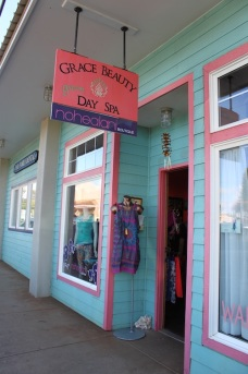 Grace Beauty Salon and Nohealani Boutique share the storefront