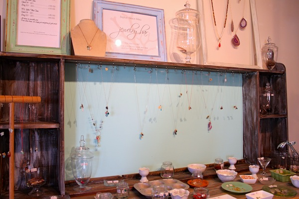 jewelry bar customize your own necklace on maui