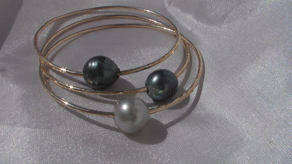 custom tahitian pearl bangle made on maui hawaii