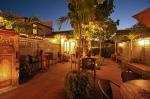 Paia Inn Hotel Maui Courtyard