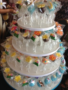 tropical hawaiian cake pops