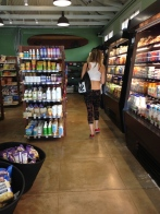 kuau store mart maui north shore organic parking
