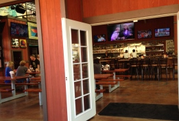 rock n brews maui hawaii