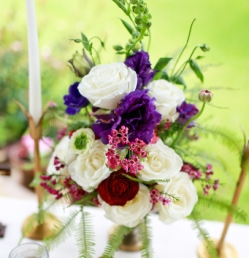 red purple flower bouquet trend