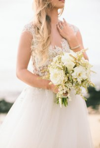 White Wedding Bouquet Trend 2015 - Wedding White Flowers Ideas Trends